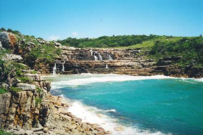 Mkambati: Waterfall into the Indian Ocean