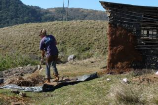 Volunteer flat at the Kraal getting a facelift