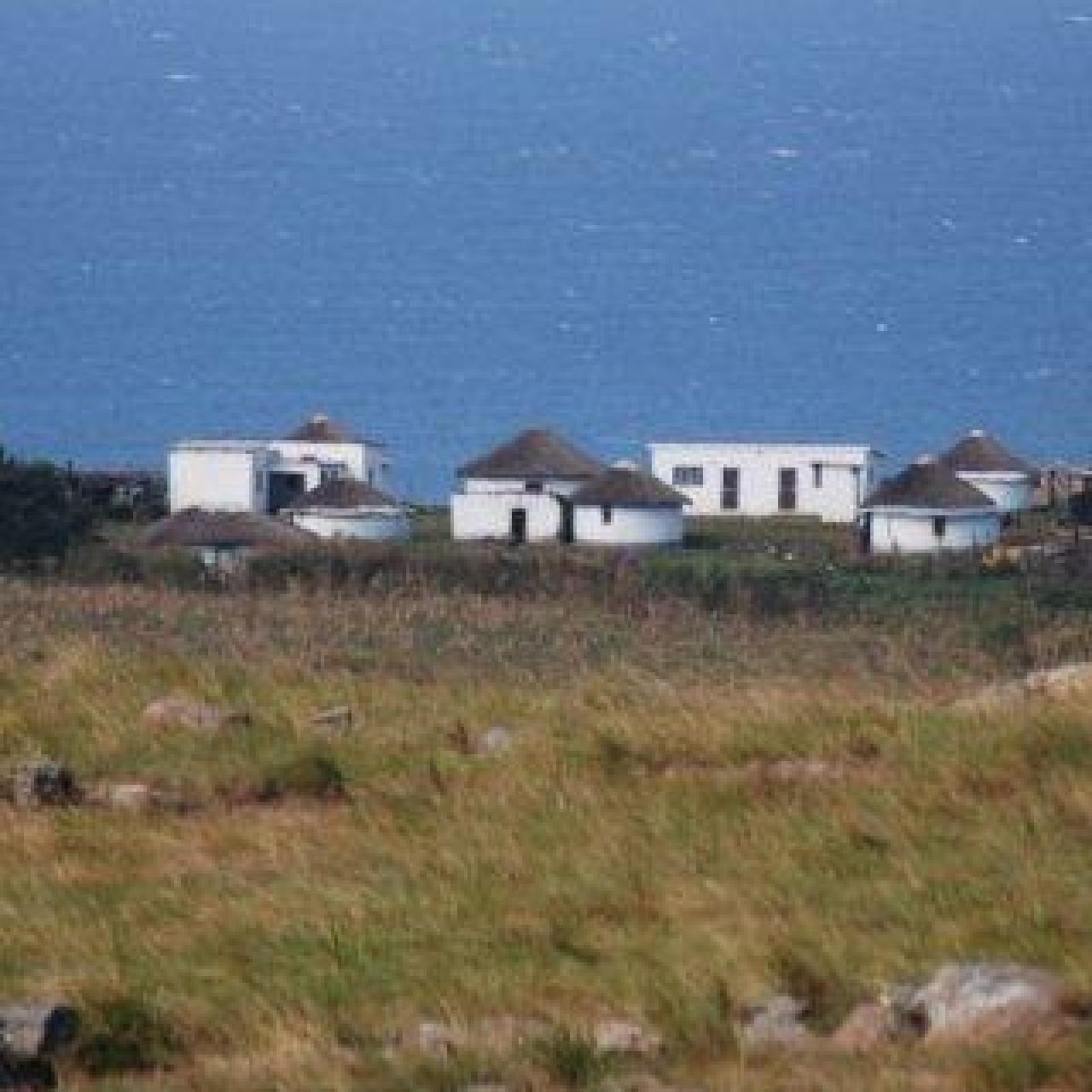 Homesteads in Xolobeni