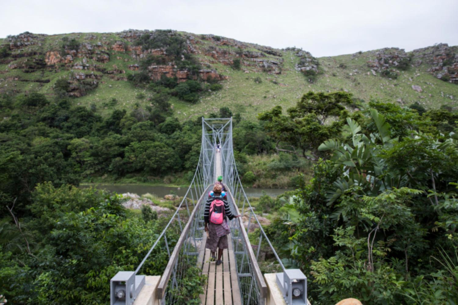 Foot bridge over Mzamba River