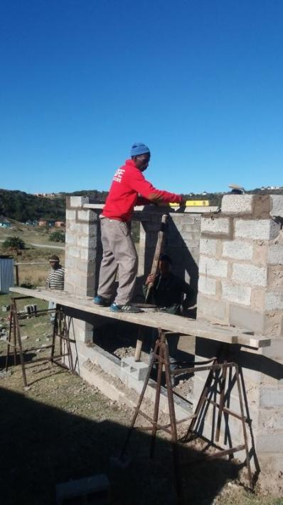 Mpendula, the builder