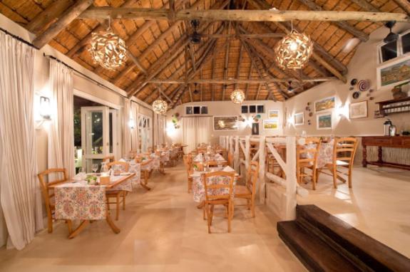 Umngazi diningroom